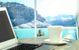 Webs que te pagan por viajar y escribir en español